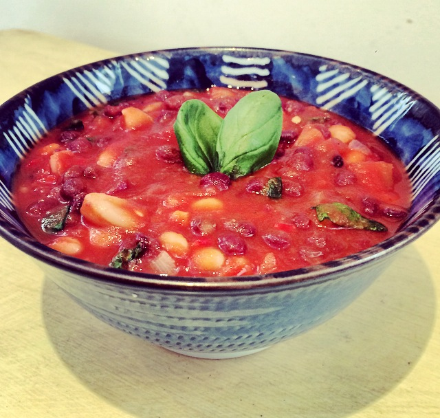 15 Minute mediterranean inspired chilli beans-Vegan