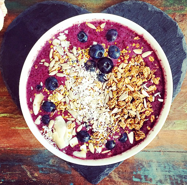Acai & Blueberry Breakfast Bowl